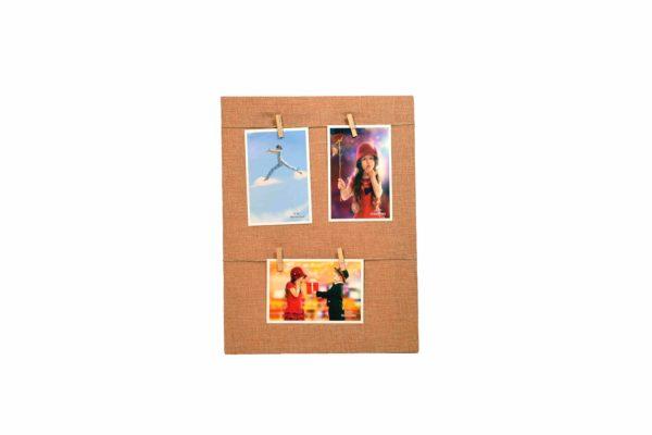 rama foto de perete cu carlige fond maro deschis