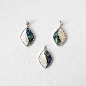 Set argint cercei+pandantiv sidef verde si alb