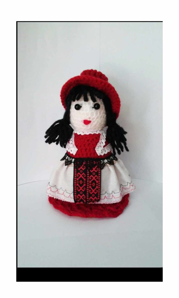 papusa tricotata