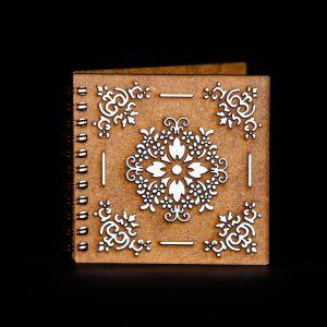 Agenda-10x10-lemn-model-traditional-agm074
