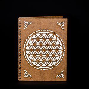 Agenda-A5-lemn-floarea-vietii-ag055